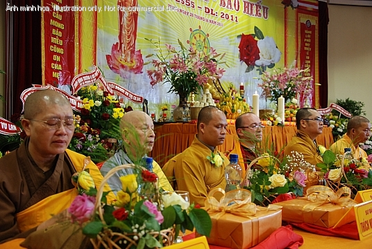 Thy Th&iacute;ch Nghi&ecirc;m Quang trong L Vu Lan 2011