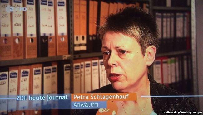 Luật sư Petra Schlagenhauf trả lời phỏng vấn trên truyền hình ZDF của Đức về vụ bắt cóc Trịnh Xuân Thanh. (thoibao.de)