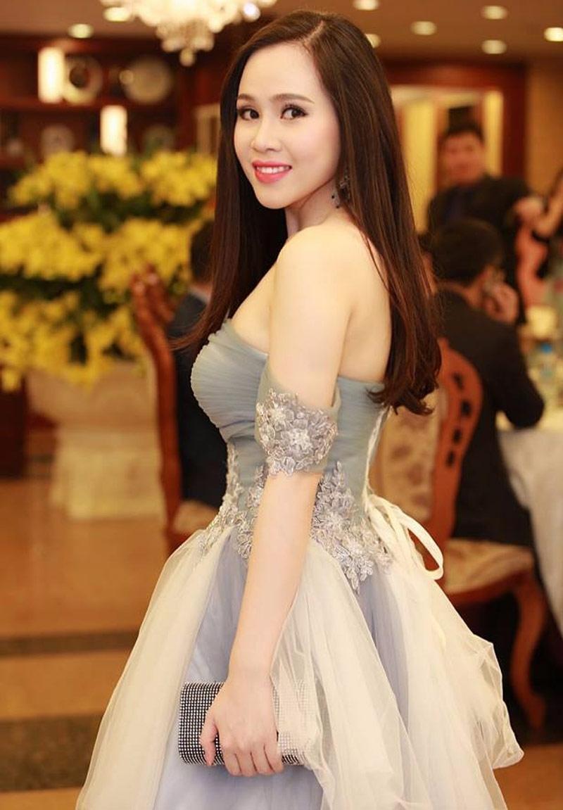 Trương Phương,Vợ Việt chồng Tây,Mẹ chồng Tây