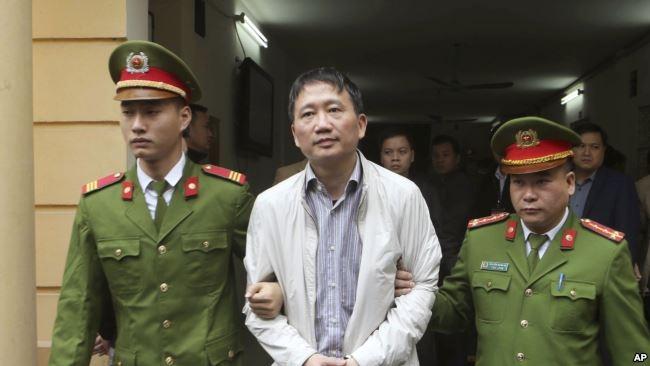 Trịnh Xuân Thanh bị xét xử tại tòa án Hà Nội.