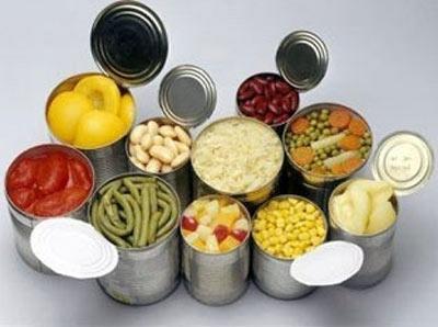 Thực phẩm chế biến sẵn có hàm lượng dinh dưỡng lệch lạc so với nhu cầu cơ thể. (Ảnh: xaluan.com)