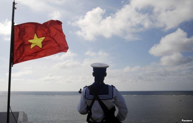 Trung Quốc từng ép tập đoàn dầu khí BP của Anh ngừng thăm dò dầu khí ngoài khơi biển Việt Nam, theo nhà nghiên cứu biển Đông của Viện nghiên cứu Chatham House ở London, Bill Hayton.