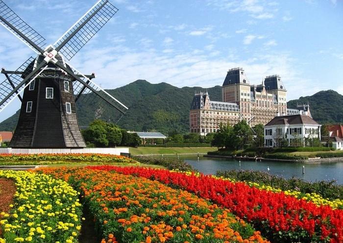 Những địa danh du lịch nổi tiếng ở châu Âu nên khám phá trong mùa hè - Ảnh 3