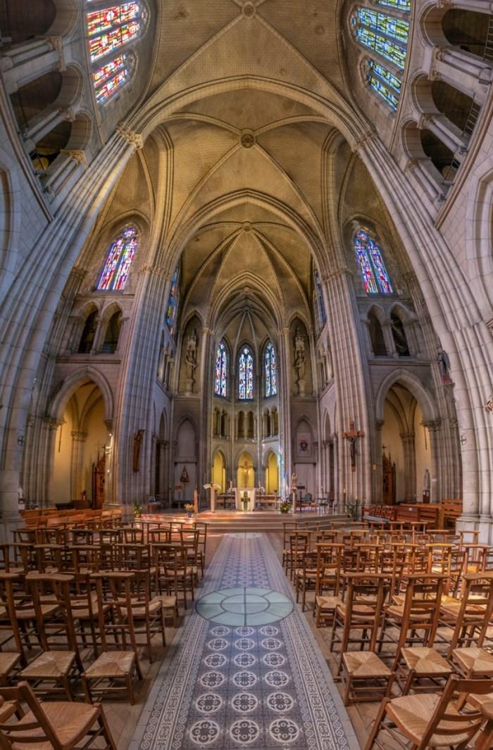 Paris - xứ sở của nhà thờ - Ảnh 0