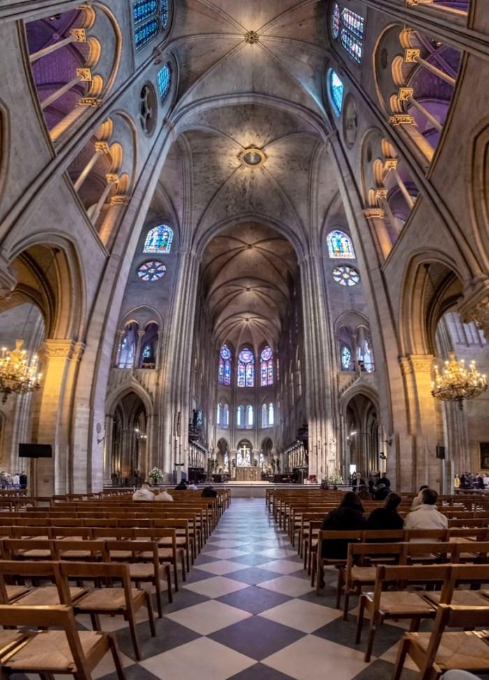 Paris - xứ sở của nhà thờ - Ảnh 1