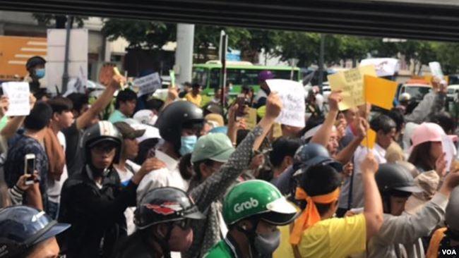 Dự luật An ninh mạng và dư Luật Đặc khu là nguyên nhân chính dẫn đến các cuộc biểu tình rầm rộ trên cả nước vào ngày 10/6/2016 (Hình: FB Kim Bảo Thư)