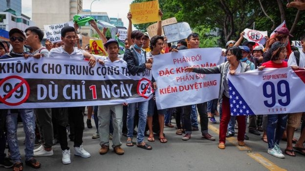 Một cuộc biểu tình ôn hòa hôm 10/6 tại TP Hồ Chí Minh