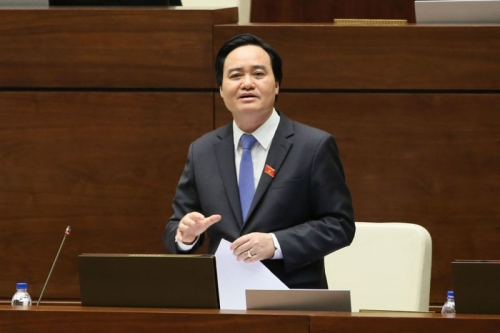 Bộ trưởng Bộ GD&ĐT VN bị tố 'tự đạo văn, không xứng đáng với chức vụ nào'