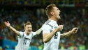 Kẻ tội đồ và người hùng Toni Kroos đưa tuyển Đức trở về từ địa ngục