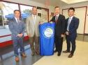 Santa Ana lần đầu tiên có hai giám đốc điều hành gốc Việt