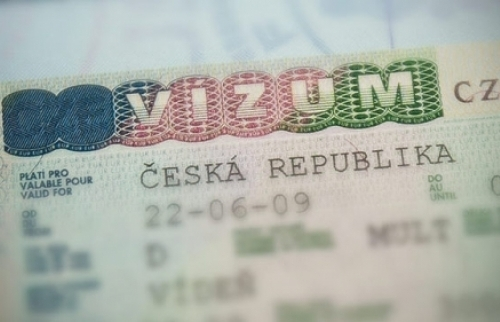 Séc: Bắt 8 người gốc Nga và Việt liên quan tới chạy giấy phép cư trú