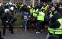 Làn sóng biểu tình