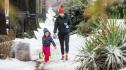 Bão tuyết dữ dội gây hỗn loạn tại Mỹ