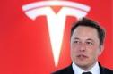 Tỉ phú Elon Musk lại gây sốc: cấy chip vào não người