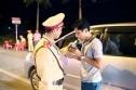 VN: Lái xe uống rượu bia bị phạt tới 40 triệu, tước giấy phép lái xe 2 năm