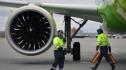 Máy bay Nga chở khách đến Việt Nam cháy động cơ