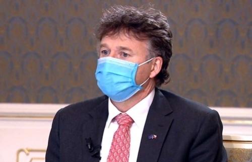 Chủ tịch Viện các bác sĩ Séc: Chỉ ngu xuẩn mới cười người đeo khẩu trang