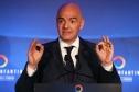 Chủ tịch FIFA bị điều tra vì tham nhũng