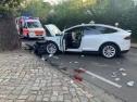Một người Việt tử vong trong vụ tai nạn xe Tesla tại Đức