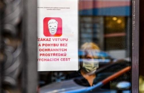 Séc: Đợt hai đại dịch corona virus đã tràn tới. Các bệnh viện đăng căng thẳng chờ đợi