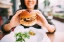 Người Việt ăn uống thế nào mà khiến tỉ lệ béo phì tăng chóng mặt?