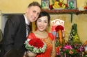 Chàng trai Đức 'ăn chực' để cưa đổ cô gái Việt