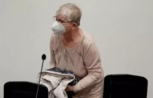 Bà bảo mẫu thừa nhận đã đá đứa trẻ con Việt Nam, nhưng không chủ ý dẫn đến tử vong