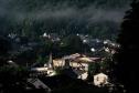 Thị trấn nhỏ đảo điên vì người bí ẩn trúng số 731 triệu USD